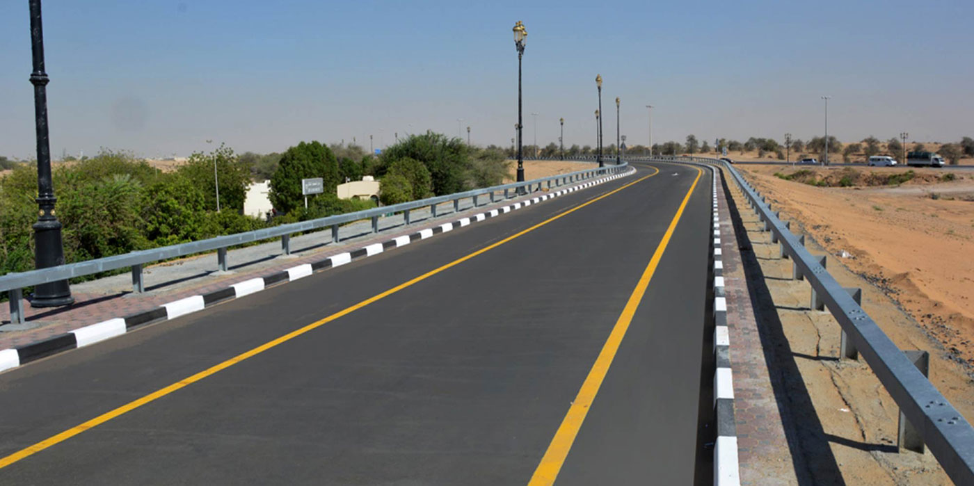 Sharjah-Oman-Heavy-Track-Road